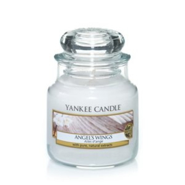Yankee Candle Medium Jar Angel's Wings
