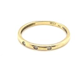 Occasion gladde ring met 3 diamantjes 0.045ct