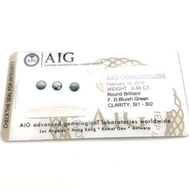 AIG  groene diamant - totaal lot 0.86 ct - rond briljant