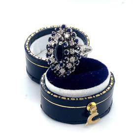 Occasion witgouden ring met diamant en saffier