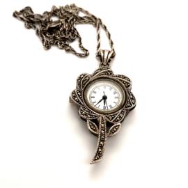 Occasion bloemvormige zilveren markasiet horloge hanger