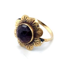Occasion gouden ring met granaat