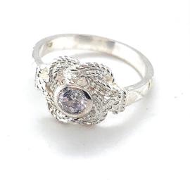 Nieuwe zilveren mattenklopper ring met zirkonia