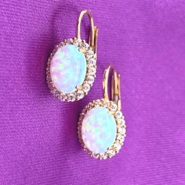 Occasion gouden oorhangers met opaal en zirkonia