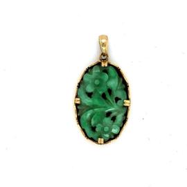 Geelgouden hanger met jade