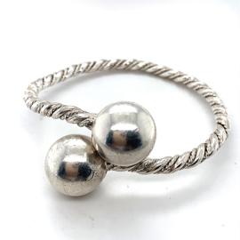 Occasion getordeerde zilveren klemarmband 2 bollen