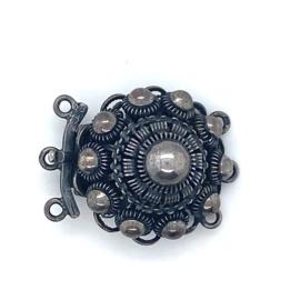 3-Snoer zwart zilveren Zeeuwse knoop sluiting