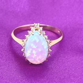 Occasion gouden ring met opaal en zirkonia