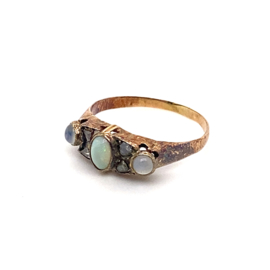 Occasion ring met opaal, maansteen en roosdiamant