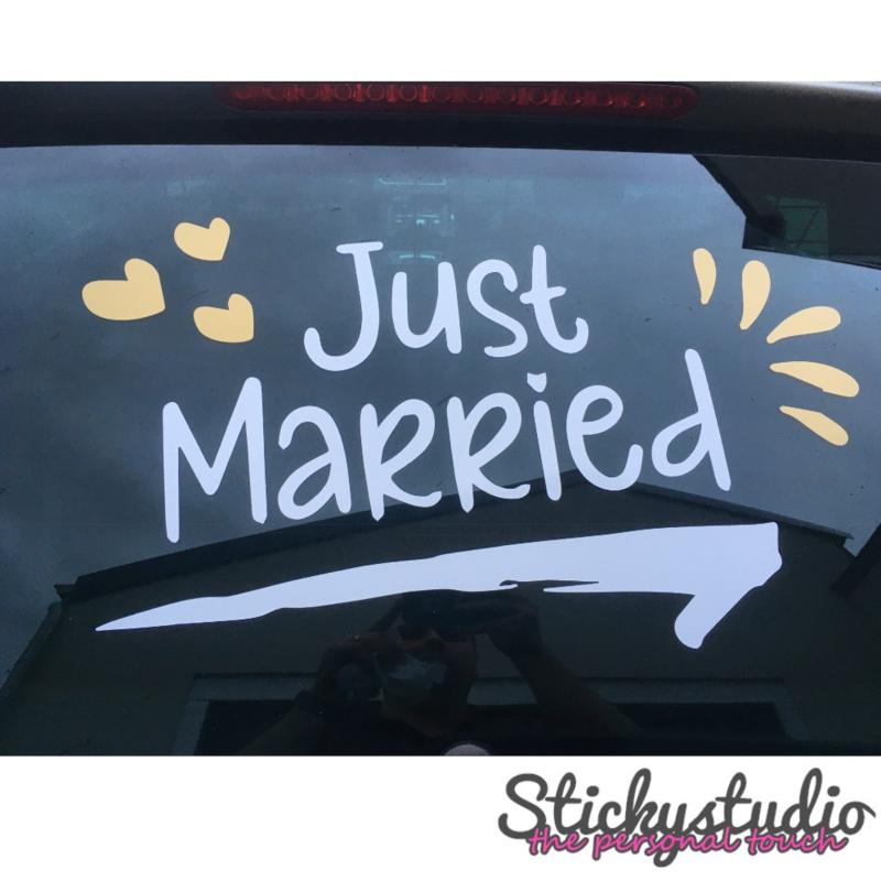 Sticker: Just married - wit en goud