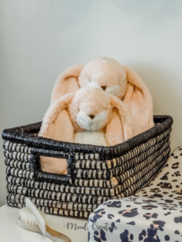 Bunnies By The Bay | knuffel Little Nibble Bunny Pink