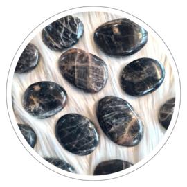 Maansteen zwart zaksteen