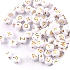 Losse letterkralen wit met goud