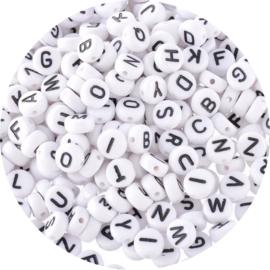Witte letterkralen 500st