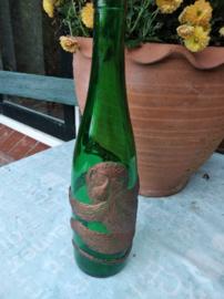Wijnfles met  relief aap Affentaler