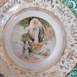 Limoges Porcelain de Luxe Bordje Lourdes