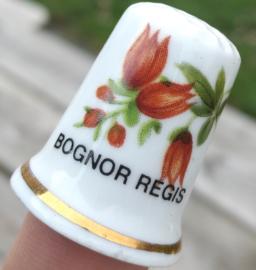 Vingerhoed - Bone China - Souvenir Bognor Regis