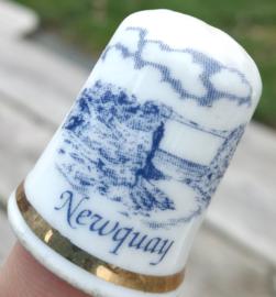 Vingerhoed - Bone China - Souvenir Newquay