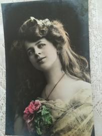 Ansichtkaart Mooie Dame