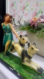 Meisje met honden Gips