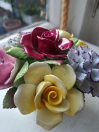 Royal Doulton - Flower Arrangement - Bloemstuk - Porselein