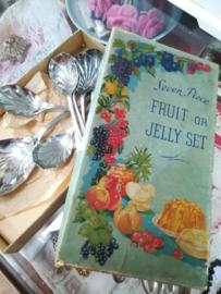 Fruit en Jelly dessert lepels en opscheplepel  uit 1950