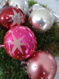 Doos met 4 vintage kerstballen