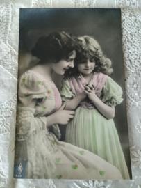 Ansichtkaart Mooie Dames