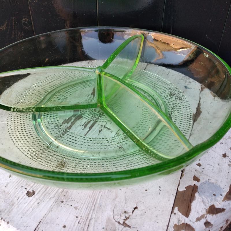 Art Deco glas annagroen bonbonschaal