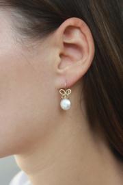 Mix & Match - Gouden oorhaken met witte zoetwaterparels