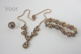 Collier van oud goud en Granaat