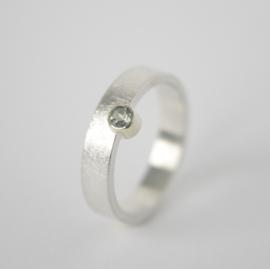 Ring 'Halverwege' met groene Toermalijn
