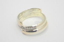 Ring gemaakt van oude trouwringen