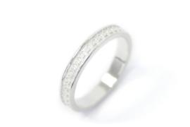 Gezwart zilveren ring 'X'