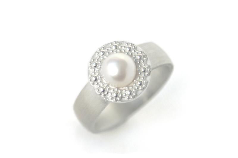 Ring 'Bloemenkrans Bold'