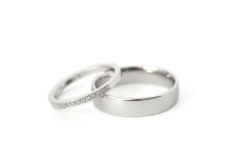 Witgouden trouwringen met diamant voor K&V