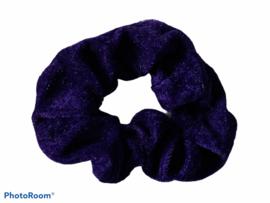 Velvet scrunchie donker blauw