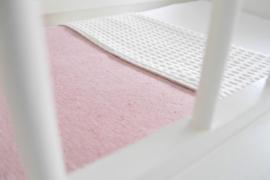 Ledikantdeken 'Melange' roze + gratis knisperbijtring