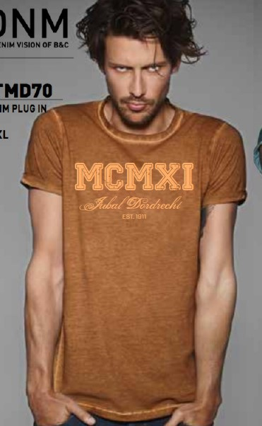 "T-shirt oranje  ""  MCMXI """