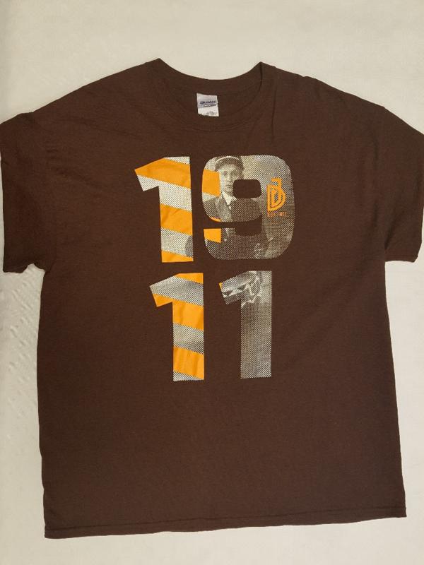 """T-shirt bruin  """"1911 """""""