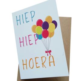 Hiep Hiep Hoera (kleur, dubbele uitvoering met enveloppe, A6 formaat)