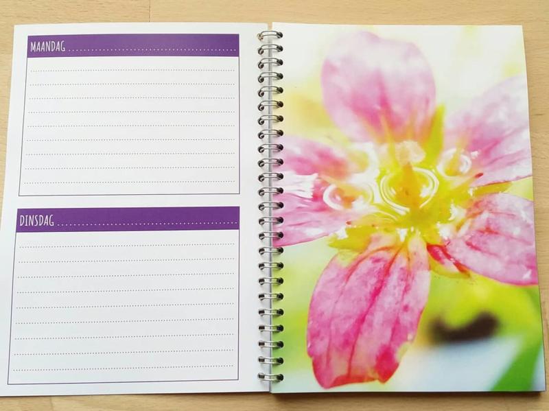 To-do notebook met unieke bloemen afbeeldingen (A5 formaat, ringband)