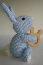 Rammelaar konijn blauw