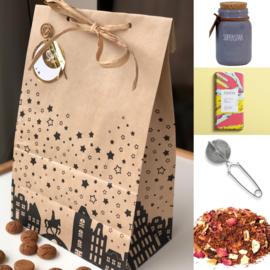 Sinterklaas Cadeau - Geurkaars, chocola, theefilter & rooibos thee