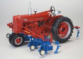 SCT1818 Farmall 400 NF + cultivator