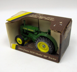 E05586DO JD BR Tractor