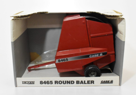 E02811 CIH 8465 Round Baler