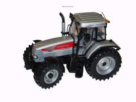 UH 1/32 tractor