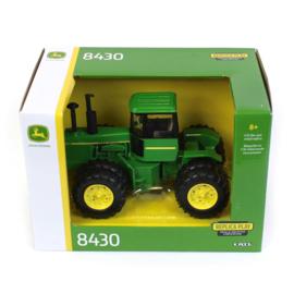 B45795 JD  8430 + duals
