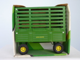 E00522 JD Bale Throw Wagon